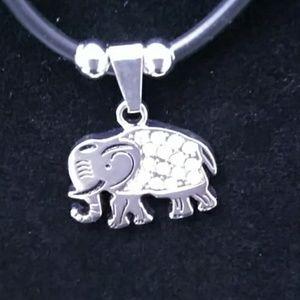 *2 for $10* NWOT ELEPHANT NECKLACE BLACK/SILVER